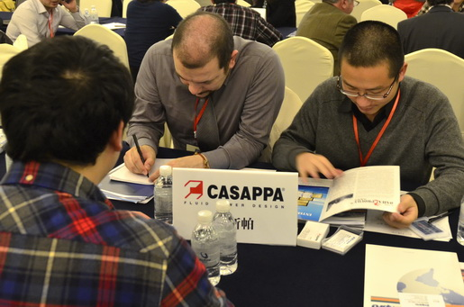 Casappa Talking with Suppliers